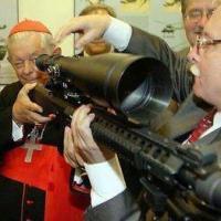 El Banco del Vaticano es el principal accionista de la mayor industria de armamentos en el mundo Pietro Beretta